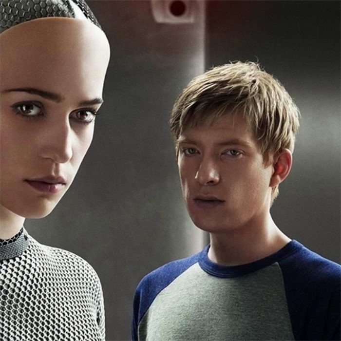 A still from the movie Ex Machina